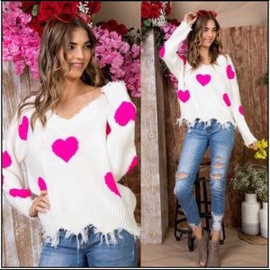 🆕💞Pink heart Oversized V-neck distressed sweater